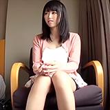 レディコミ読者から選りすぐりの美少女素人さんを招待して激イカセハメ撮!