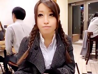上京したての素人さんに遭遇!シャイな巨乳美少女を真心デートで掴み本番エッチGET…