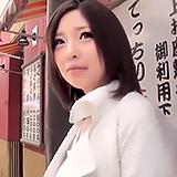 モチ肌巨乳は感度も抜群!シャイな関西幼妻の素人さんがハメ撮り不倫SEX志望♪