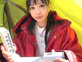 夢のためにテント暮らし!?超金欠な美少女素人を¥サポで釣り色白パイパンをハメ撮り!