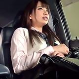 学校終わりに秘密のドライブ♪JKをお金で釣って車内中出しハメ撮り!
