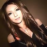 終電間際にクラブ帰りのイケイケ渋谷GALをナンパし遊び感覚でハメ撮!