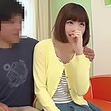 童貞ですかw苦笑いの20歳素人さんが優しくH指南⇒不意打ち中出し!
