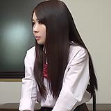 弱みを握られた万引JK素人さん…コンビニ店長に事務所連れ込まれ制裁ナマ中出しFUCK!