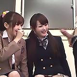 めっちゃ長~い♪デカチンを見て爆笑する2人組のJK素人さんにナマ中出しSEX!