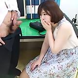 旦那の粗チンに欲求不満な若妻素人さん…デカチン見せて生中出しFUCK!